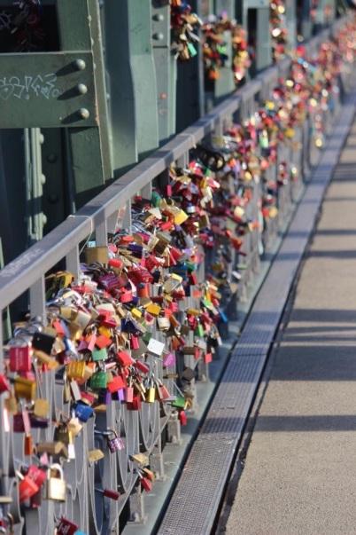 Bridge of Love Locks, Germany, Hohenzollernbruecke bridge, Cologne